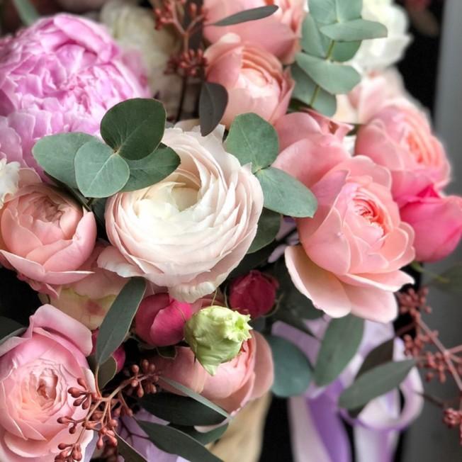 Basket of flowers №12