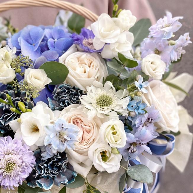 Basket of flowers №13