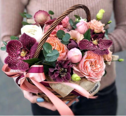 Basket of flowers №2