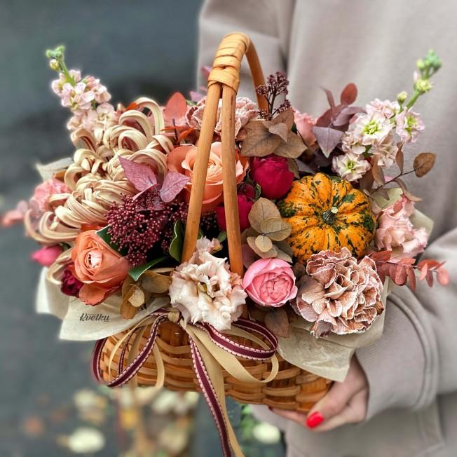 Basket of flowers №3