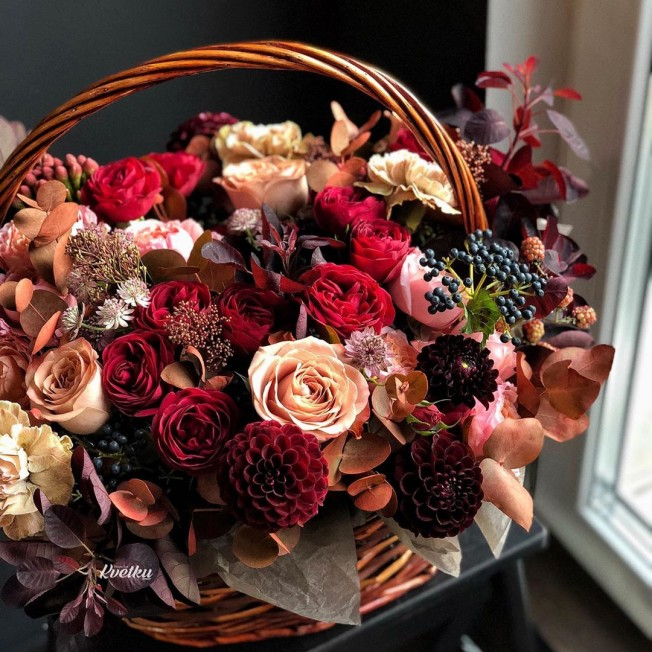 Basket of flowers №5
