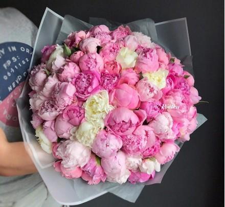 Bouquet of peonies №3