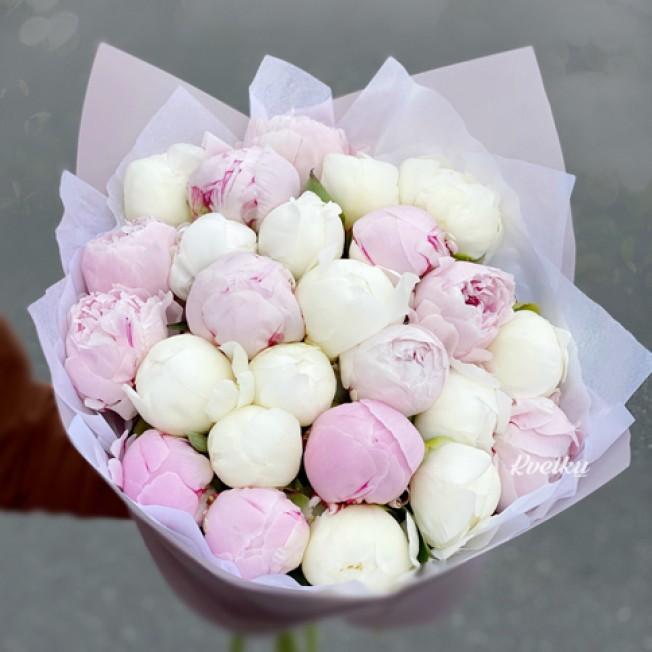 Bouquet of peonies №11