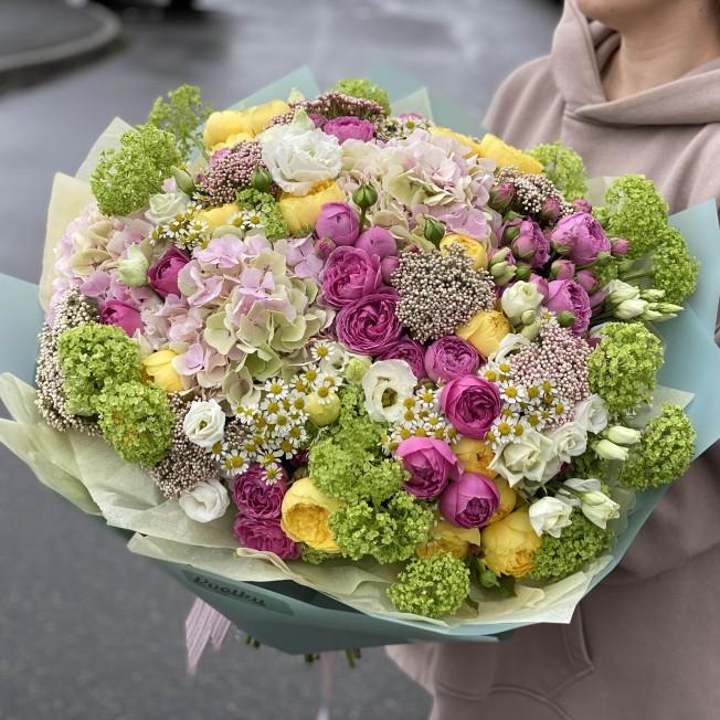 Bouquet of flowers №100