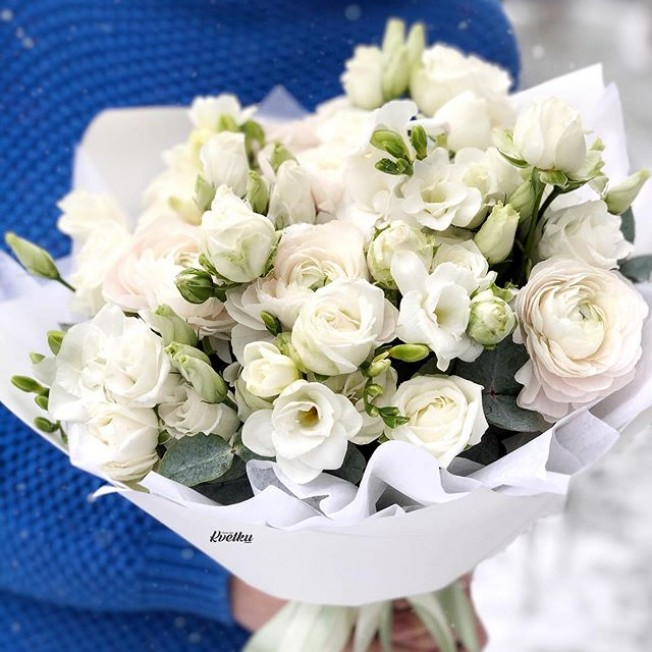 Bouquet of flowers №87 from ranunculus, eustoma, freesia, peony roses