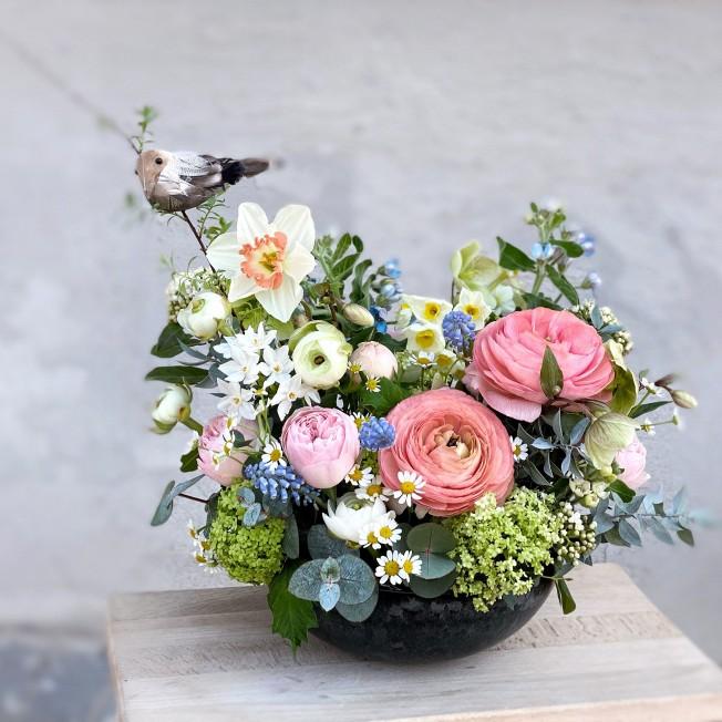 Easter flower arrangement on the table